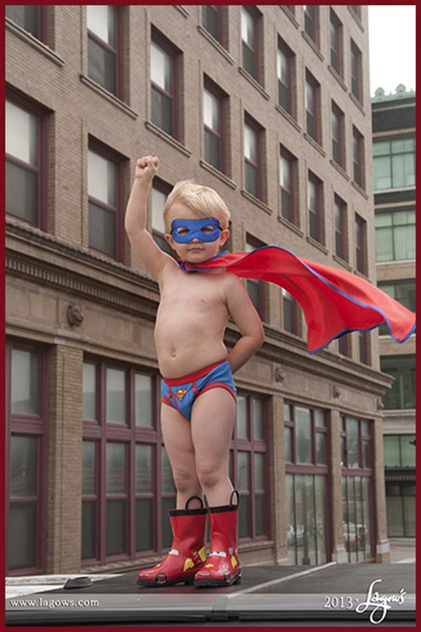Every little boy wants to be a Super Hero! #superhero #childrenportraits #lagows www.lagows.com