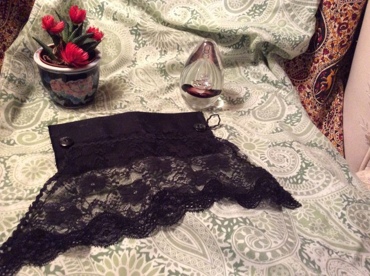 Black+lace+gothic+Victorian+cosplay+vintage+fabric+romantic+cuff+by+AliceAndBettyDesigns+on+Etsy