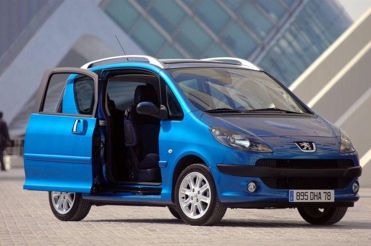 Peugeot 1007 - Produktionszeitraum: 2005-2009    Als der 3,73 Meter lange...