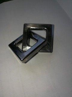 Nejde rozebrat. Vyrobeno z jednoho kusu oceli. It can not be broken. Made of one piece of steel.