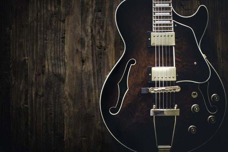 Haramkah Hukum Menyanyi dan Musik dalam Fiqih Islam? #guitar #music #haram #halal #fikih #islam #menyanyi