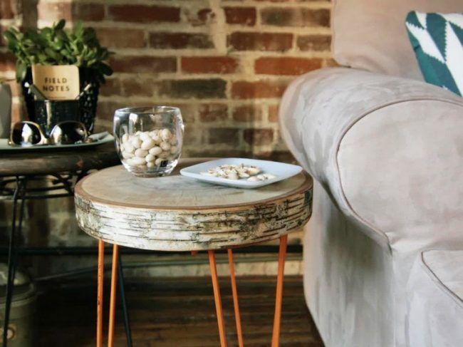 Tisch selber bauen Leitungsrohr-Baumstamm-Beistelltisch-Ideen