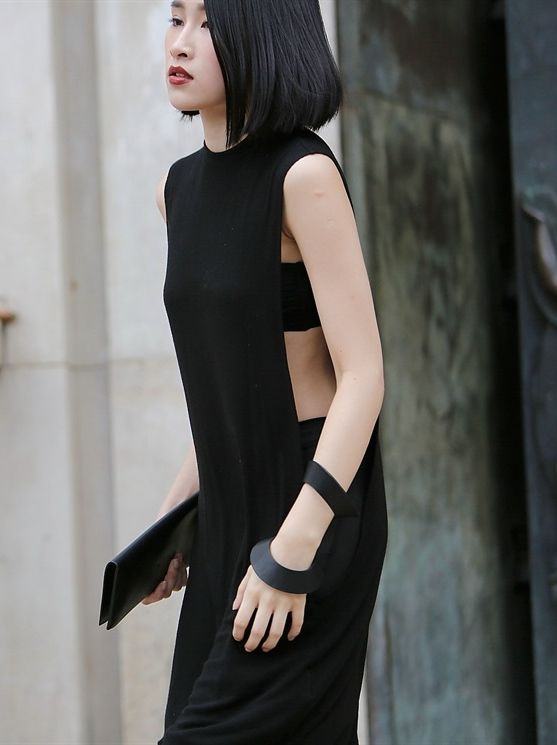 minimal black. Paris. | @andwhatelse