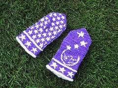 Ravelry: Man in the Moon Mittens pattern by Cindy Craft
