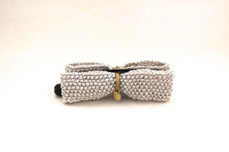 banana clip / pince banane à cheveux avec deux noeuds papillon ivoire satiné lamé tricotés à la main : Accessoires coiffure par yoyotricot