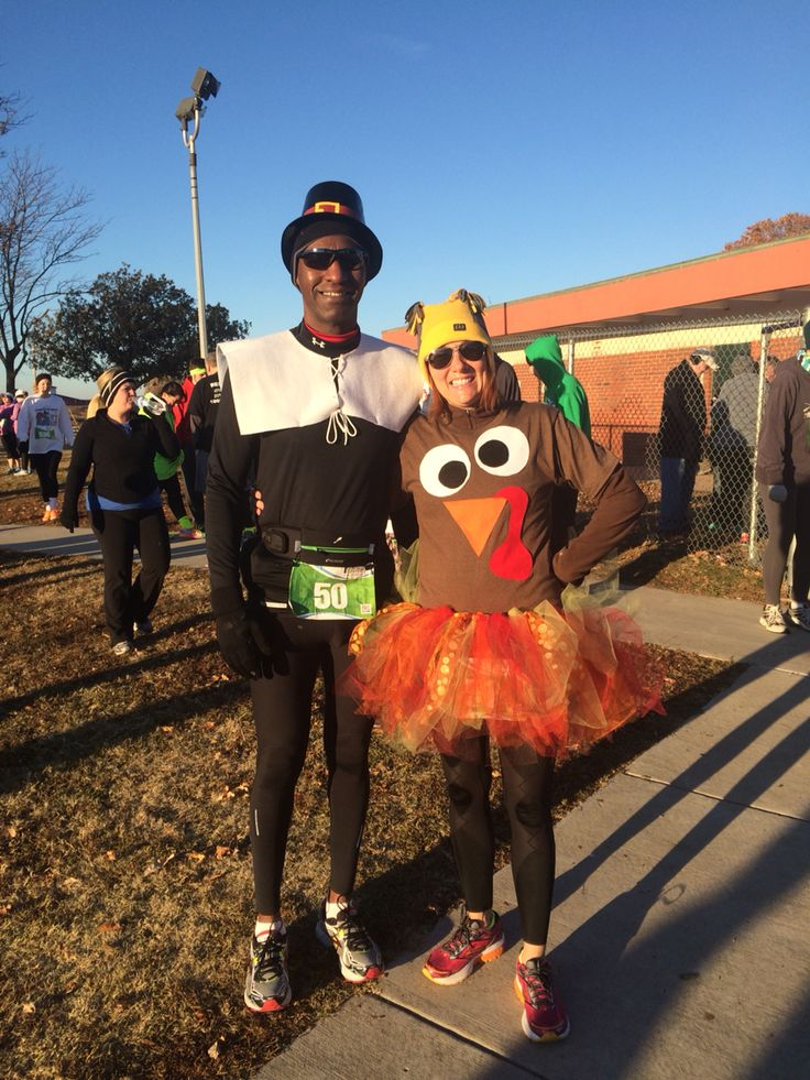 Turkey and pilgrim costumes for the Turkey Trot run!