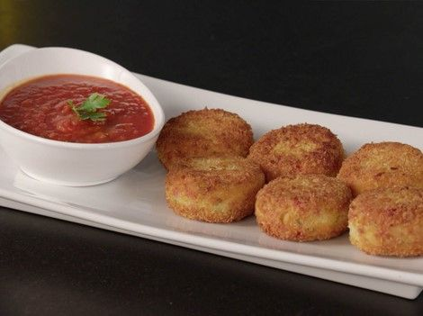Rice and Hominy Cakes with Tomato Sauce - Recipes | Goya Foods