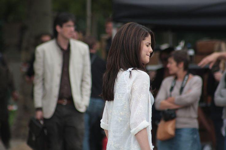 Selena Gomez Monte Carlo Paris June 21 2010 - Selena Gomez - Wikipedia, la enciclopedia libre
