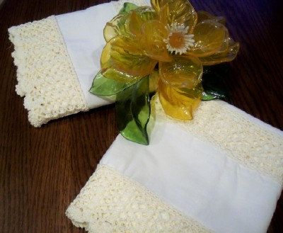 Cream on Cream Pillow Cases, with Cut-out Insert, Scalloped Edging in Crochet, Modern Vintage Style