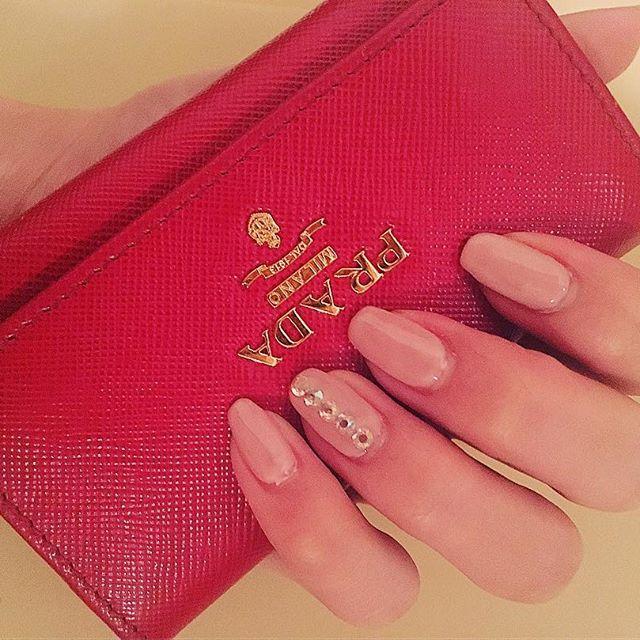 New 💅♡ #newnail #nail #gelnails #selfnail #babypink #prada #keycase #red #love #cute #happy #beauty #セルフネイル #ジェルネイル #プラダ #キーケース #l4l #like4like #instagood