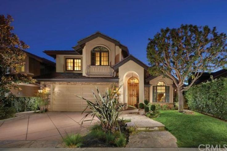 18 Bayview, Irvine Property Listing: MLS® #NP15037799 http://www.bancorprealty.com/irvine-real-estate-for-sale-woodbridge.php #woodbridgehomesforsale #woodbridgerealestate #irvinehomesforsale #irvinerealestate This custom Woodbridge residence as rebuilt in 2005 from the ground up. Only the finest craftsmanship was used in the creation of this southwestern-style masterpiece, including extensive upgrades such as authentic Venetian plaster, distressed oak flooring, hand-hewn reclaimed wood…