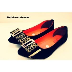 Flat Shoes Stevano - AyeshaShop.Com