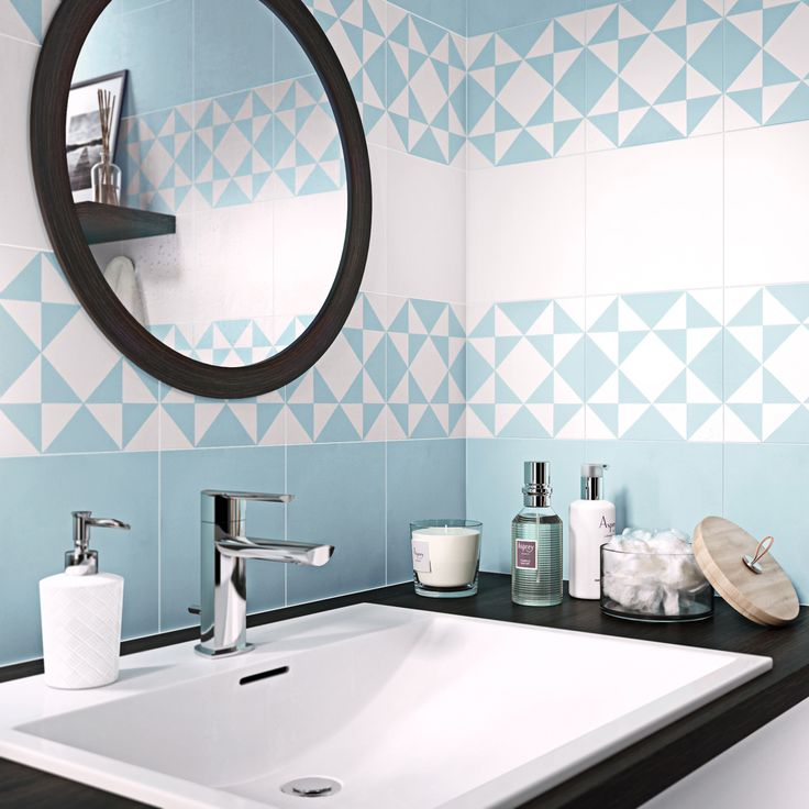 Les 216 meilleures images propos de salle de bains sur for Carreau bleu mur salle de bain marseille