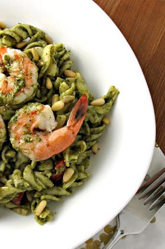 spinach, shrimp and pesto pasta