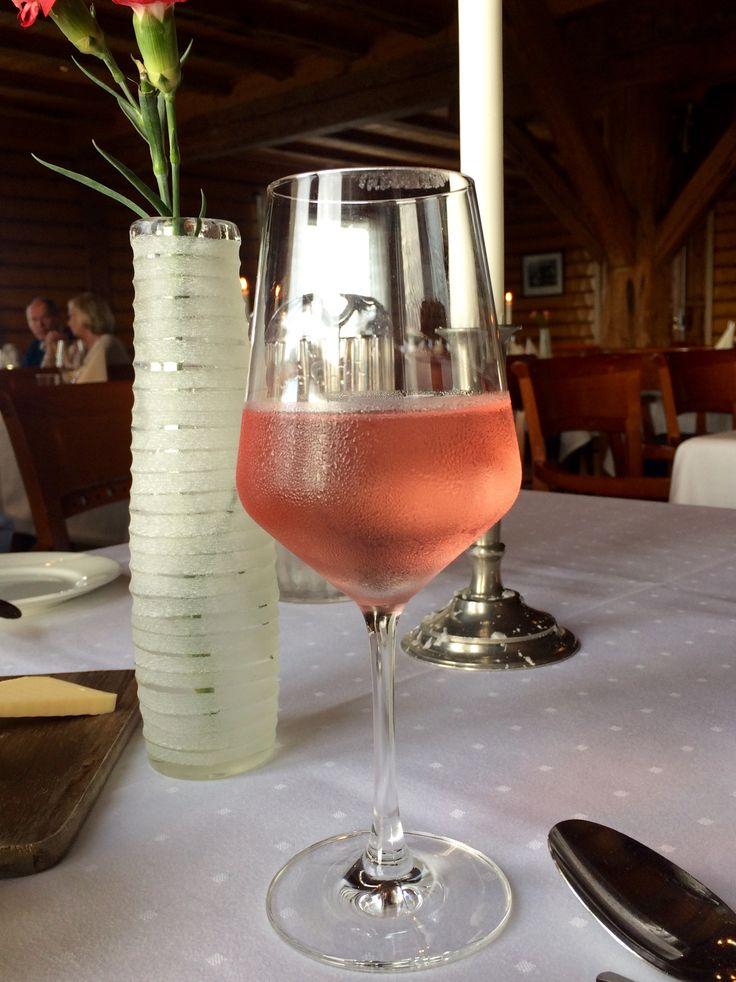 Розовое вино🍷