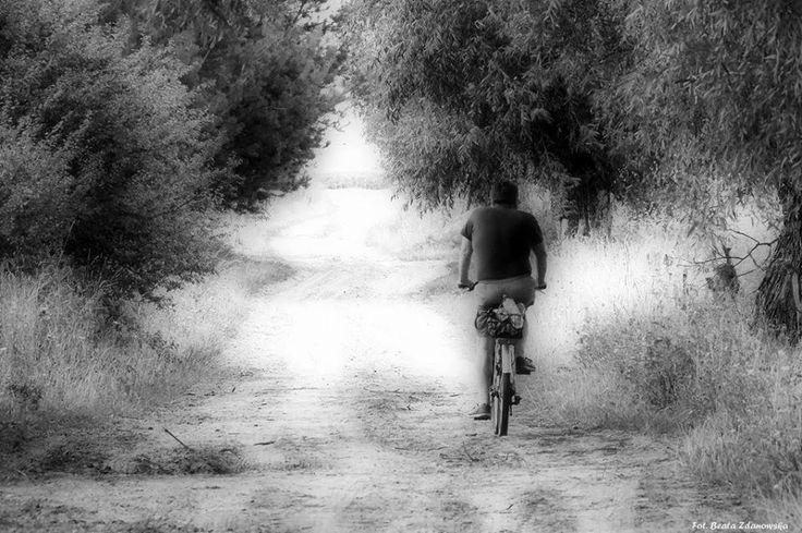 Ο καθένας έχει έναν δικό του δρόμο για την ευτυχία Το καταλαβαίνει όταν χαράζει ταξιδεύει το δικότου δρόμο στη ζωή!