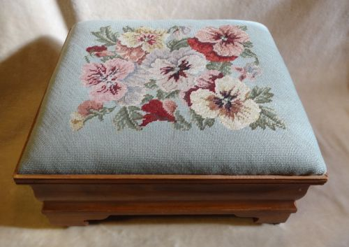 VINTAGE FOOT STOOL FOOTSTOOL W/ NEEDLEPOINT PANSY FLOWER CUSHION & PORCELAIN CAS