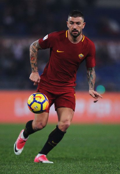 Aleksandar Kolarov of AS Roma in action during the Serie A match between AS Roma and UC Sampdoria at Stadio Olimpico on January 28, 2018 in Rome, Italy. - 8 of 33