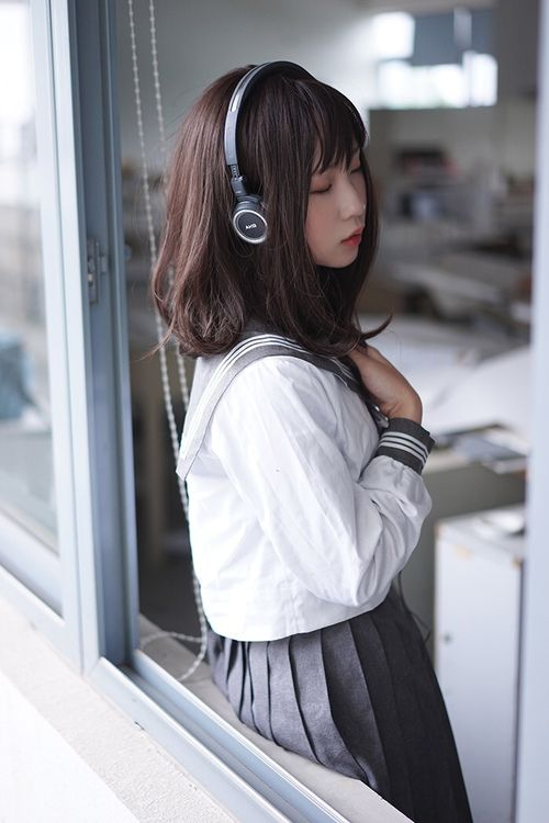 japaneseuniform: ↪ CLICK HERE TO SEE JAPANESE SCHOOL UNIFORMS ↩
