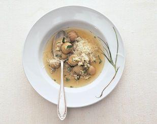 Soupe aux châtaignes à la schwytzoise - Base de recettes - Swissmilk