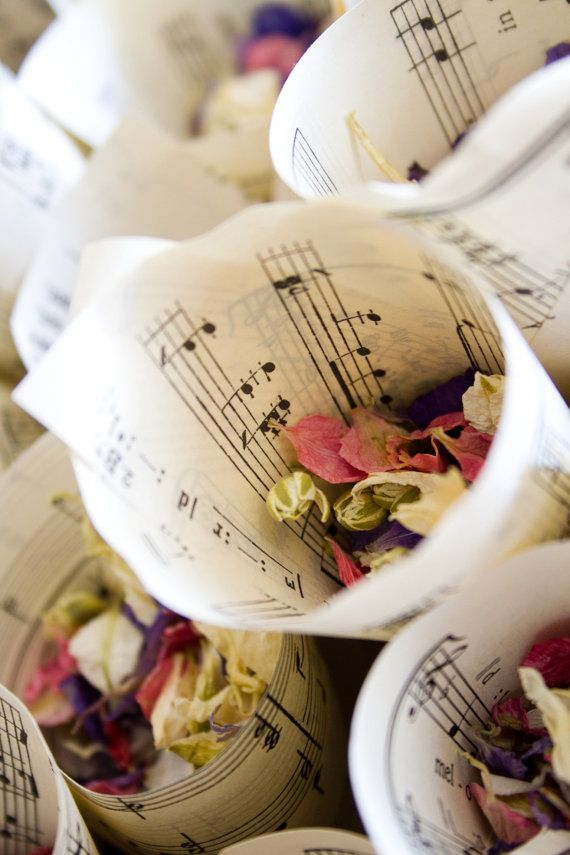 Wedding confetti cones  vintage music paper by PrettyLaneBoutique, £35.00