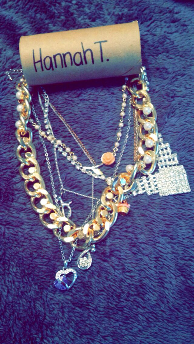 Best 25 packing necklaces ideas on pinterest easy ways for How to pack jewelry for moving