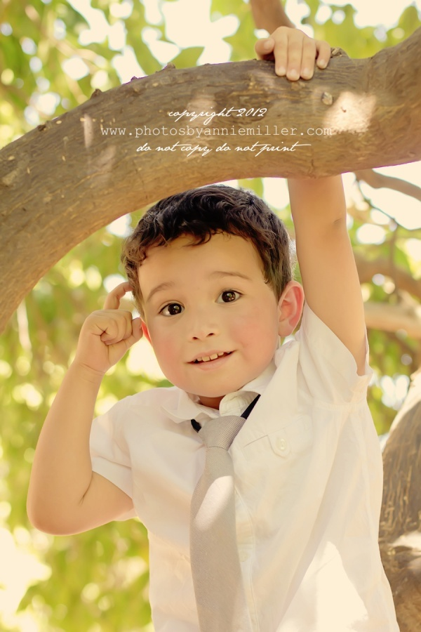 children's photography. ♥There is no other boy quite like yours! Why not take photos of them. Here are some ideas of how to to do so! #togally #boys #photos #toddler. www.togally.com