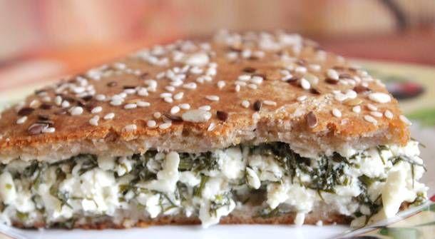 Хачапури домашние. Главное правило настоящих хачапури – примерно поровну воздушного, нежного теста и свежего сыра. Но если сыра будет больше, чем хлеба, то лепешки только выиграют! Главное правило настоящих хачапури – примерно поровну воздушного, нежного теста и свежего сыра. Но если сыра будет больше, чем хлеба, то лепешки только выиграют! #хачапури