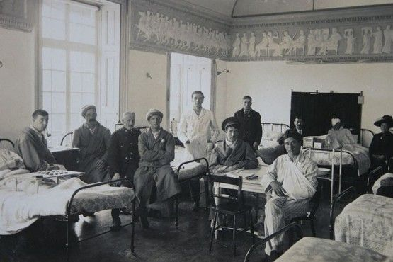 Wounded soldiers at Oldway Mansion Hospital