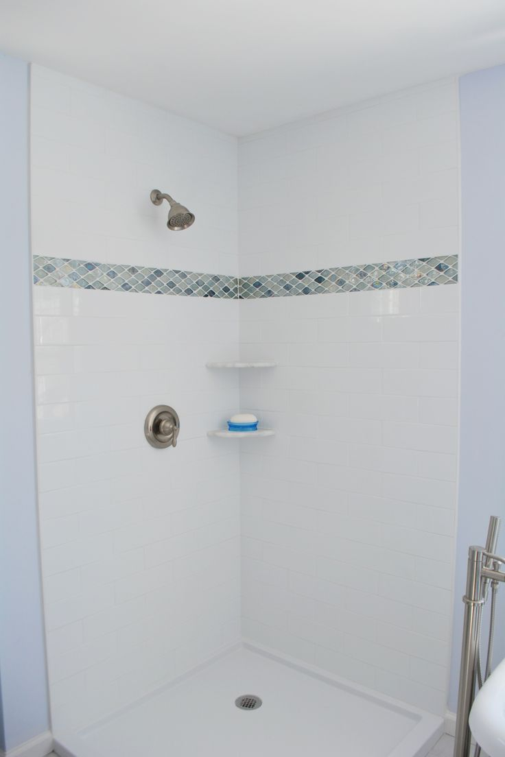 4 Quot X12 Quot White Subway Tile Shower Walls With A Glass Mosaic