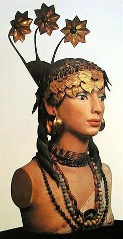 """Pu'abi or Shab'ad """"The Sumerian princess"""" : Jewelry and headdress of gold and imported precious stones such as carnelian and lapis lazuli from India and Afghanistan. From the Royal Cemetery of Ur. Early Dynastic, ca. 2400 BC. The National Museum of Iraq - Baghdad"""