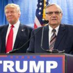 Trump se Cuela un Perdón por Desgracia Alguacil Joe Arpaio En un Huracán