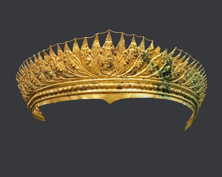 Indonesia ~ Java   Diadem; gold   9th - 10th century