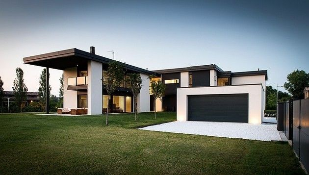 Simple Yet Elegant Black And White Architecture Of Villa T