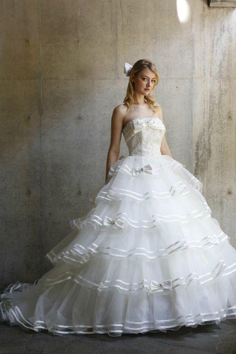 ウェディングドレス I20442|ウェディングドレスのレンタルなら大阪ピノエローザへ