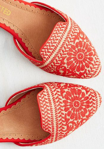 While a good night's rest makes for a refreshed morning, wearing these d'Orsay flats all day leads to a rejuvenated evening! Woven with beige fibers and painted with a red floral print, these loafer-like kicks by Restricted welcome elegant ease into your every 'walking' moment.