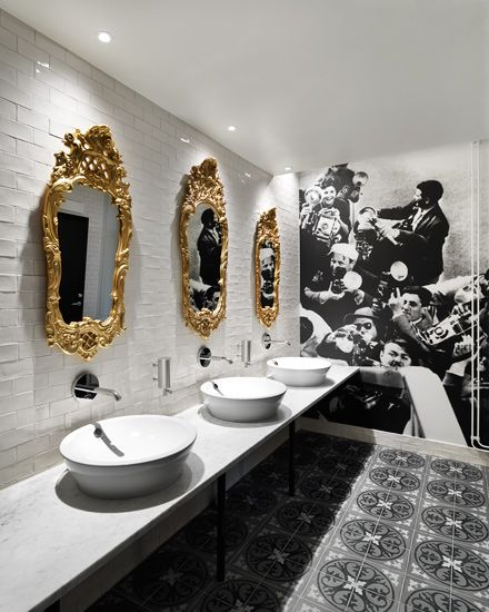 Scandic Grand Central Koncept Stockholm. Photo Patrik Lindell. luv the offset tile backsplash.