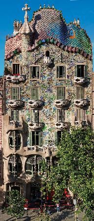 Casa Batllo (World Heritage Site) - One of 2 houses by Gaudí in Barcelona that can be toured.#Travel #Places #Photography