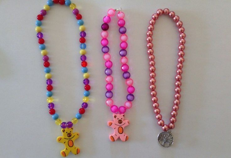 Kids necklaces and bracelets.  A cool party favour for that next birthday, or just a special gift.