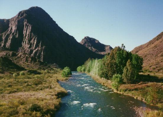 Mendoza, San Rafael. Río Atuel, cañón del Atuel.