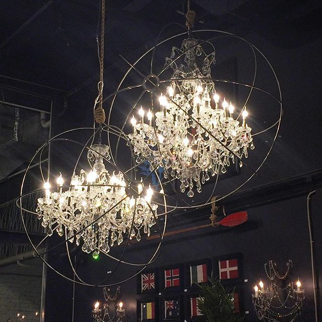 Timothy Oulton\'s Gyro Crystal Chandelier | Let there be light ...