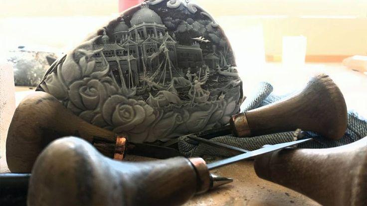 big sardonix shell carved by Domenico Balzanno