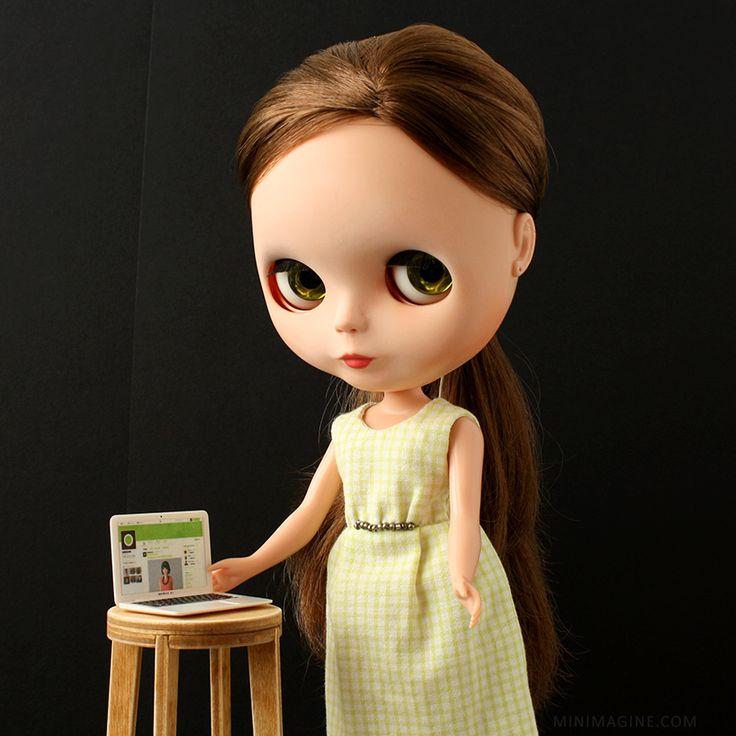 MINIMAGINE * for dolls: SOCIAL MEDIA #blythedoll #dollfurniture #furniturefordoll #blythe #twitter
