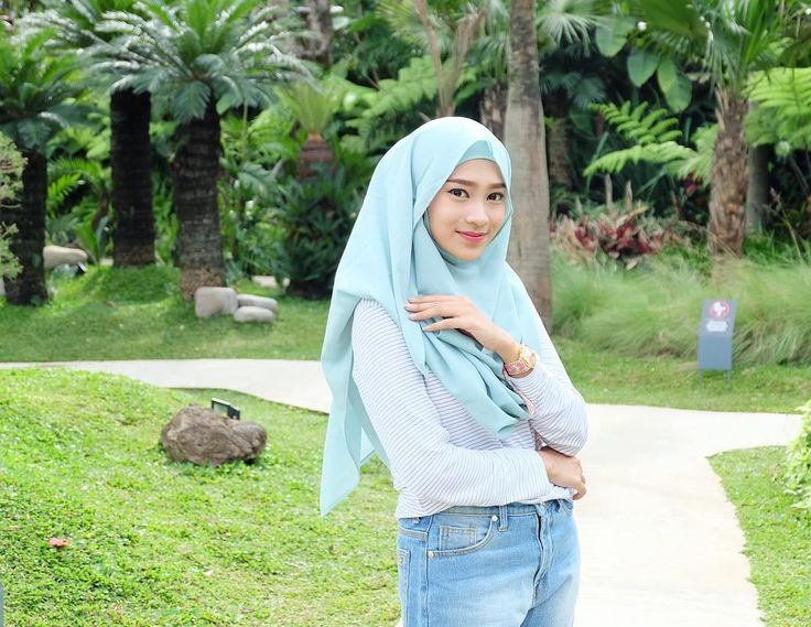 "3,491 Likes, 18 Comments - 🦄 Rifka Ayu Yulia Martha ☄ (@rifka_martha) on Instagram: ""Khimar from @khusna_hijab 💞😍"""