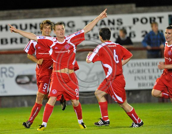 Andy Thompson Photography | 20100824- Brechin City F.C. vs Dundee ...