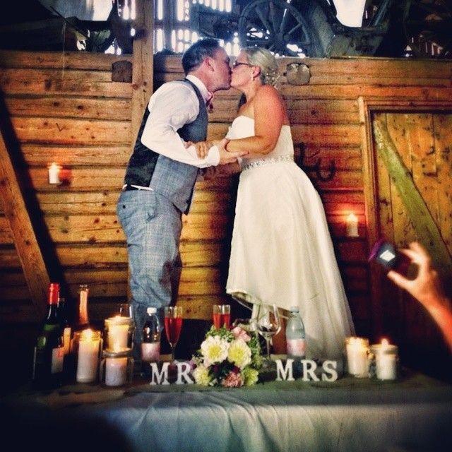 And they lived happily ever after... Norgesglasset brukt til kubbelys i bryllup. @katlajons