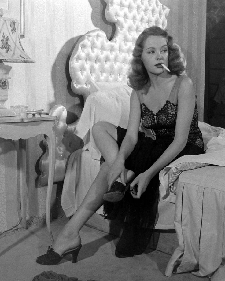 Ultimate femme fatale Jane Greer in OUT OF THE PAST.                                                                                                                                                                                 More