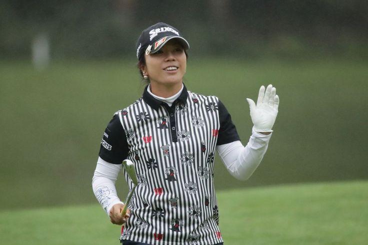 プロ人生初の1位 下川めぐみ「よほど集中していたんですねぇ」|日本女子プロゴルフ選手権大会コニカミノルタ杯 2日目 下川めぐみ <Photo:Chung Sung-Jun/Getty Images>