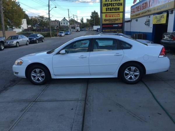 2012 Chevrolet Impala LT Clean Title, one owner