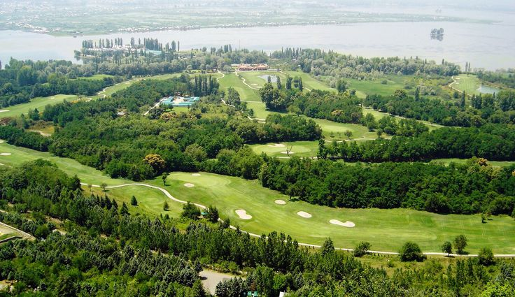 The stunning #view  of #Srinagar #Golf course in #Kashmir at your glance!!